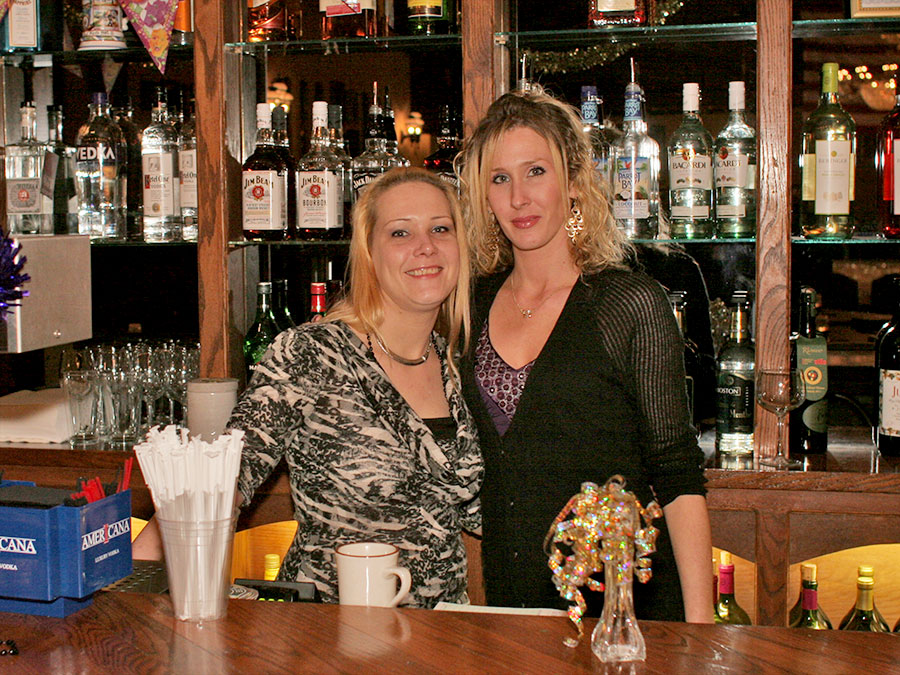 Castle Bartenders: Christie Ruud and Melissa Bush